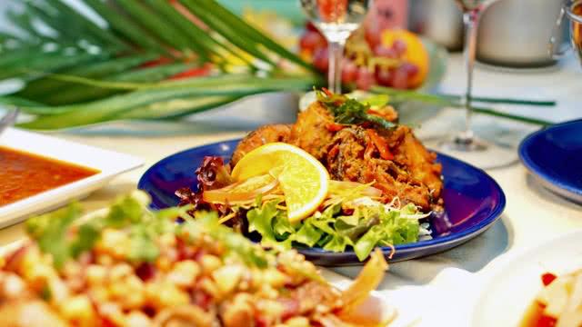 Tha Chang Abendessen