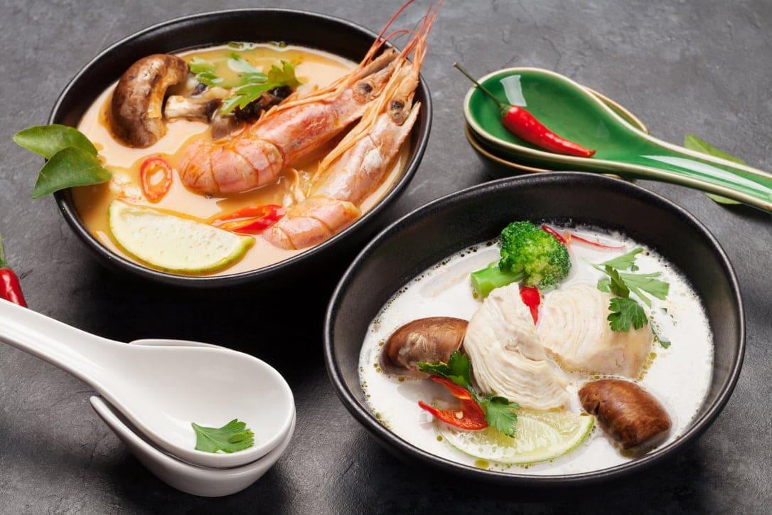 Thailändische Suppen in Tha Chang Stuttgart