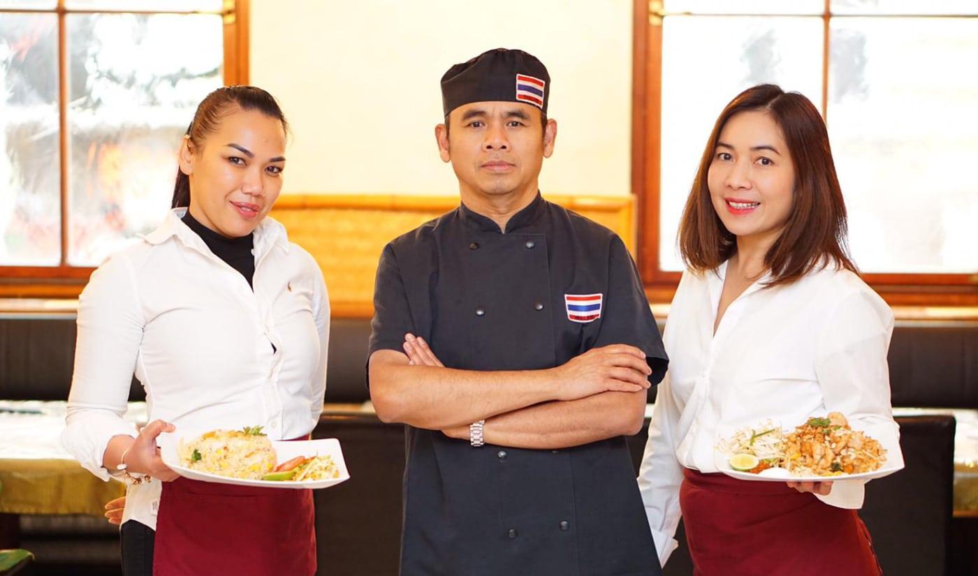 Team von Tha Chang mit leckerem thailändischen Essen in Stuttgart